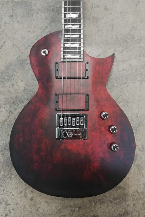 Vinyl-Guitars-Dark-Blood-02